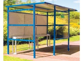9 Person Smoking Shelter with Perforated Steel Back