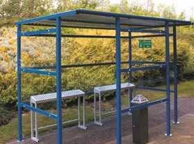 12 Person Smoking Shelter with Clear Perspex Back